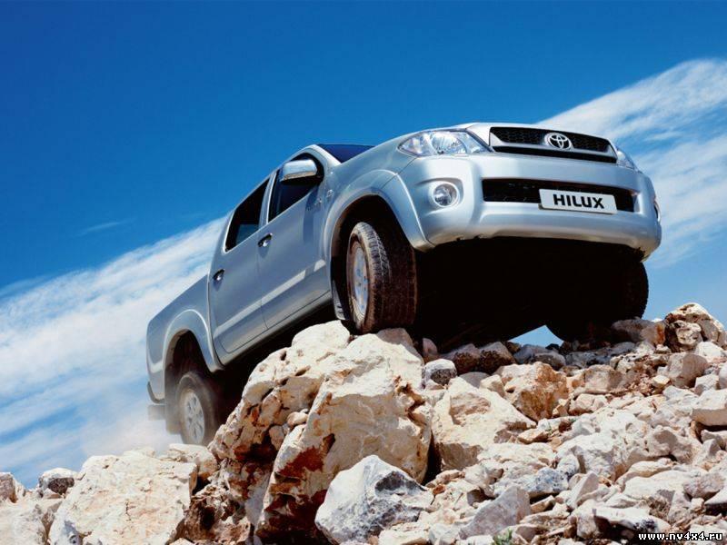 Фото Toyota Hilux.